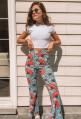 Pantalon PERRINE patte d'eph blanc à motifs bleus et rouges 70's