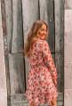Petite robe BELLA rose pâle à fleurs rouges